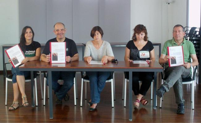 Presentación del informe de la Plataforma Carles Pinazo contra el BIC de tauromaquia