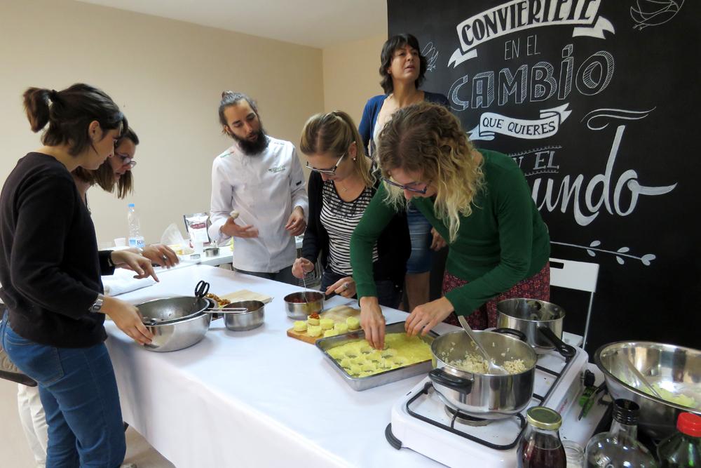 Realizamos un taller de cocina vegana creativa en - Taller cocina barcelona ...
