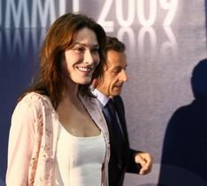 B.Bardot pide a Carla Bruni convencer a Sarkozy para prohibir corridas de toros