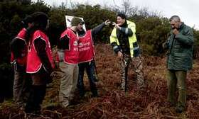 Activistas golpeados y agredidos por cazadores en Torneo de caza de zorros