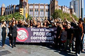 AnimaNaturalis despide las corridas de toros en Cataluña con un brindis fúnebre