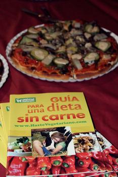 AnimaNaturalis celebró el Día de la Pizza Vegana