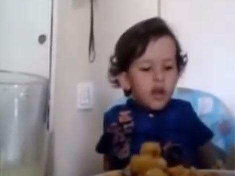 Video del niño que no quiere comer animales genera sensación en las redes