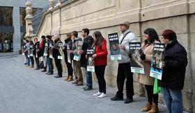 Exitosa protesta contra el uso de pieles en Lleida